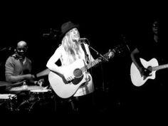 ZZ Ward - Home (Live)
