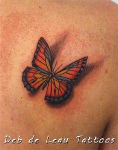 Butterfly shadow tattoo, realistic, 3D, vlinder met schaduw tattoo, vlinder kleur, color butterfly, tatoeages, Deb de Leau Tattoos