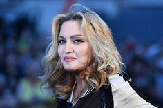 Los Angeles, GATRAnews - Penyanyi dan aktris Madonna mendukung penuh Hillary Clinton menjadi presiden Amerika Serikat (AS). Kali ini Madonna membuat j...