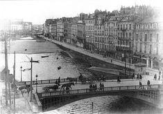 Le comblement de la Loire, bras de la Bourse. Il s'effectue en deux fois, de 1926 à 1928 et de 1938 à 1940.