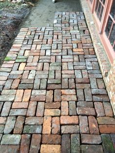 Whimsical Garden Paths & Walkway Ideas - More Easy Garden Path Pavers Tips … allows the visitor to do just that. Paths are inviting and le - Front Garden Path, Stone Garden Paths, Garden Paving, Garden Arbor, Garden Stones, Rooftop Garden, Garden Beds, Paving Diy, Sleepers Garden
