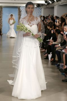 New Oscar de la Renta Wedding Dresses: All the Elegance of Vintage Wedding Dresses—With Gorgeous, Modern Twists