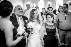 Black and White picture of the beautiful bride with her mother and father