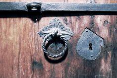 Truhendetail Schloss und Griffe  gefunden im Merseburger Dom  #merseburg #betriebsausflug #momentaufnahme #detailverliebt