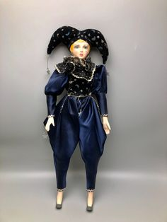"""16"""" MANN 1985 Porcelain Jester Clown in Navy & Gold Stars Moons Outfit - Taiwan by Anaforia on Etsy Pierrot Clown, Human Poses Reference, Golden Star, Navy Gold, Stars And Moon, Taiwan, Jewelry Box, Porcelain, Costumes"""