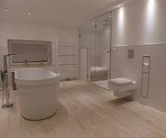 Badezimmer Holzfliesen Perfekt : Helle holzfliesen haus bad badezimmer