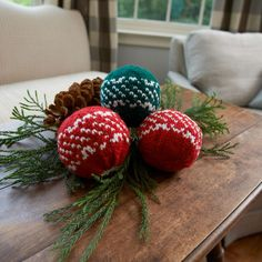 Yarnspirations is the spot to find countless free easy knit patterns, including the Red Heart Nordic Holiday Balls. Browse our large free collection of patterns & get crafting today! Christmas Knitting Patterns, Knitting Patterns Free, Free Knitting, Free Pattern, Knit Patterns, Christmas Balls, Christmas Angels, Christmas Ideas, Christmas Ornaments