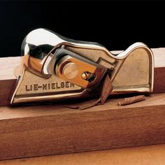 Lie-Nielsen Bronze Edge Plane by Garrett Wade