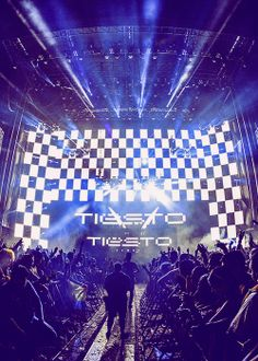 tiesto. ughh i really wanted to watch his concert