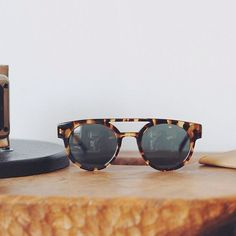 439da3ee731fe Ray Ban Round Metal Green Gold Wore famously by John Lennon