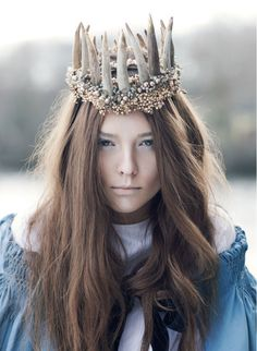 #Queen #story #fairytale #princess #magic #crown #fashion