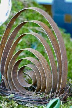 Spiral-Ei aus Stahlband - Karin Urban - NaturalSTyle