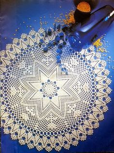 Crochet Knitting Handicraft: Circular table linens crocheted, large round doily