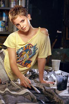 Emma Watson's pixie cut - Thinking I may need a hair cut soon. lol.