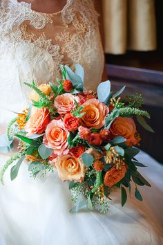 orange bouquet | Roots of Life Photography | Glamour & Grace