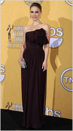 Natalie Portman #sagawards12 in Giambattista Valli Haute Couture