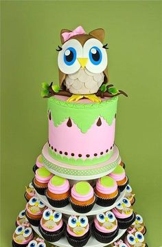 her first birthday cake!! her favorite with owls!! after her initial smash cake of course!