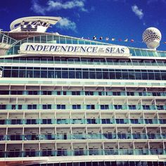 Royal Caribbean Independence of the Seas Photo by photogaguerra