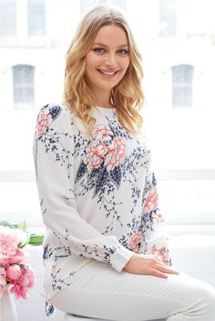 Simmons Top in White with Pink Floral | St. Frock