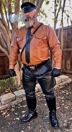 Mens Leather Pants, Cigar Men, Black Boots, Tall Boots, Smoking Jacket, Suit Shirts, Beard Styles For Men, Men In Uniform, Cute Guys