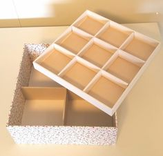 Caixa MDF, revestida em tecidos
