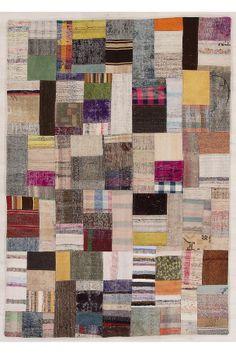 Patchwork med flatvevde tepper - kelimer. Dette er gamle tepper fra den kurdiske delen av Tyrkia, med minst 30 år på baken. Denne tradisjonen innebærer at hvert teppe er unikt, både utseende og opprinnelse, men også i sin materialsammensetning.                                                                                                   Håndvevd og håndsydd.                                                                                                   Lugg