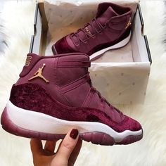 New Basket Femme Jordan Shoes Outlet 28 Ideas Jordans Girls, Womens Jordans, Nike Air Jordans, Air Jordans Women, Nike Free Shoes, Nike Shoes Outlet, Running Shoes Nike, Jordan 11, Jordan Shoes