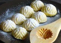 طريقة عمل معمول بالفستق الحلبي لبناني طريقة Recipe Maamoul Recipe Lebanese Desserts Moroccan Food