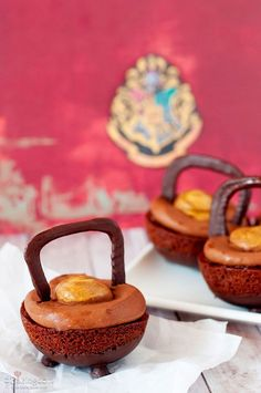 Harry Potter's Chocolate Cauldron Cakes