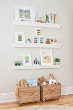 Que no cunda el pánico: con estos trucos de almacenaje para habitaciones infantiles, ordenar la habitación de tus hijos no es misión imposible.