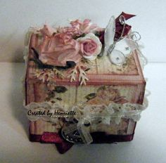 """Heel klein doosje, gemaakt op de SOL avond bij """"Kaarten maken bij Tiets"""" door Ettie!"""