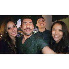 Recuerdos de una gran noche no planeada. #friends #saturday #Hendrix #selfie #photooftheday #picoftheday