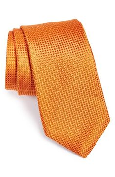 Free shipping and returns on Nordstrom Woven Silk Tie at Nordstrom.com. A neat, woven design textures a handsome tie cut from fine silk. Regular & X-long. $49.50