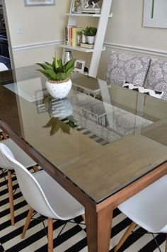 Dinning Table Design, Glass Dining Room Table, Wooden Dining Tables, Dining Rooms, Glass Tables, Glass Table Top, Outdoor Dining Furniture, Decoration, Furniture Ideas