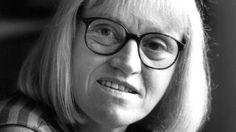 Poeten, översättarenoch litteraturkritikern Siv Arb är död. Under hela 1960- och 70-talen spelade hon en viktig roll för spridningen av anglosaxisk ...