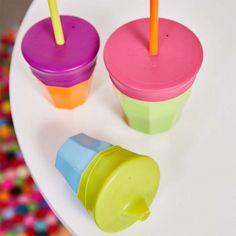 Tapas universales de silicona para vasos de la firma australiana b.box distribuidos por el Grupo Olmitos.