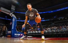 Steph Curry's Trainer Shares His 3 Most Successful Brain-Training Secrets Basketball Drills, Basketball Court, Deprivation Tank, Anti Aging Facial, Brain Training, Golden State, The Secret, Trainers, Athlete