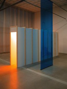 16 ft blue/orange by Arnout Meijer, developed as part of the Dutch Invertuals exhibition NO STATIC (2015)