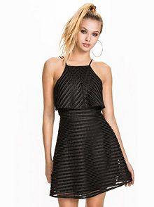 fa987cd6f597 De 68 beste bildene for maybe... | Clothing, Evening dresses og ...