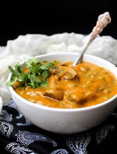 Mushroom Matar or mushrooms and peas in a creamy sauce is a staple of Indian restaurant menus. Vegan gluten-free soy-free recipe free of added oils. Vegan Indian Recipes, Vegetarian Recipes, Ethnic Recipes, Matar Recipe, Quinoa, Mushroom Curry, Crockpot, Stuffed Mushrooms, Stuffed Peppers
