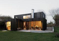 집을 짓는다면 어떤 집을 지을까? 어쩌면 한국에는 없는 멋지고 개성적인 집을 짓고 싶은 사람도 있을 것이다.