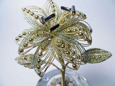 www.beadandwireflowers.com