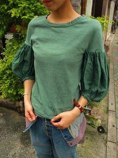 "*KAPITAL,キャピタル*天竺 プティ ブッファンT    ""bouffant"" T-shirt by Kapital 10,290 yen (approx $103)"