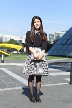 2. Checked out - 9 Street Style Ways to Wear a Full Skirt ... → Streetstyle