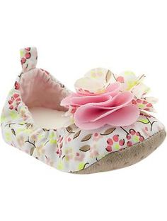 super cute baby girl shoes to go with the brown dress...even if it has pink in it. old navy