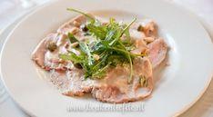 Dol op vitello tonnato? Deze Italiaanse klassieker gemaakt van rosé gegaarde plakjes kalfsvlees en smaakvolle tonijnsaus maak je gewoon zelf!
