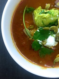 spicy vegan slow cooker tortilla soup :: by radish*rose Slow Cooker Tortilla Soup, Vegan Slow Cooker, Yummy Drinks, Yummy Food, Vegan Recipes, Snack Recipes, Roasts, Curries, Vegetarian Food