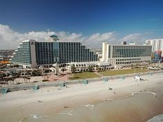 Daytona Beach Hilton Oceanwalk I will be there next few days oh boy