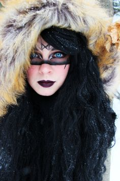 10 Spooky Makeup Looks for the Halloween Fanatic Warrior Costume, Viking Costume, Viking Dress, Viking Face Paint, Cosplay, Viking Makeup, Viking Warrior Woman, Warrior Women, Barbarian Woman