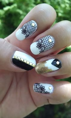 I wanted to do something kinda fancy since my last few manicures have been pretty low effort. I also desperately needed a new photo from my Lacy nail decals! I browsed around for inspiration and found a lot of manis...